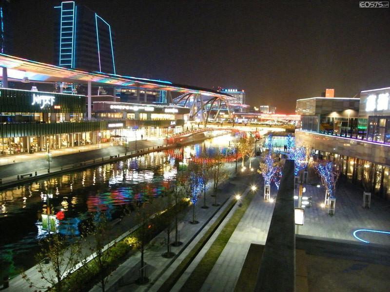 金鸡湖商业广场效果图