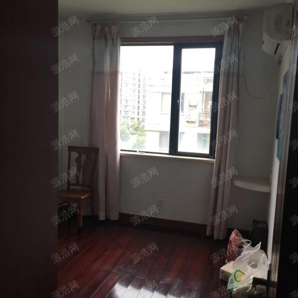 合景瑜翠园 精装修三房 中间楼层 随时看房急售
